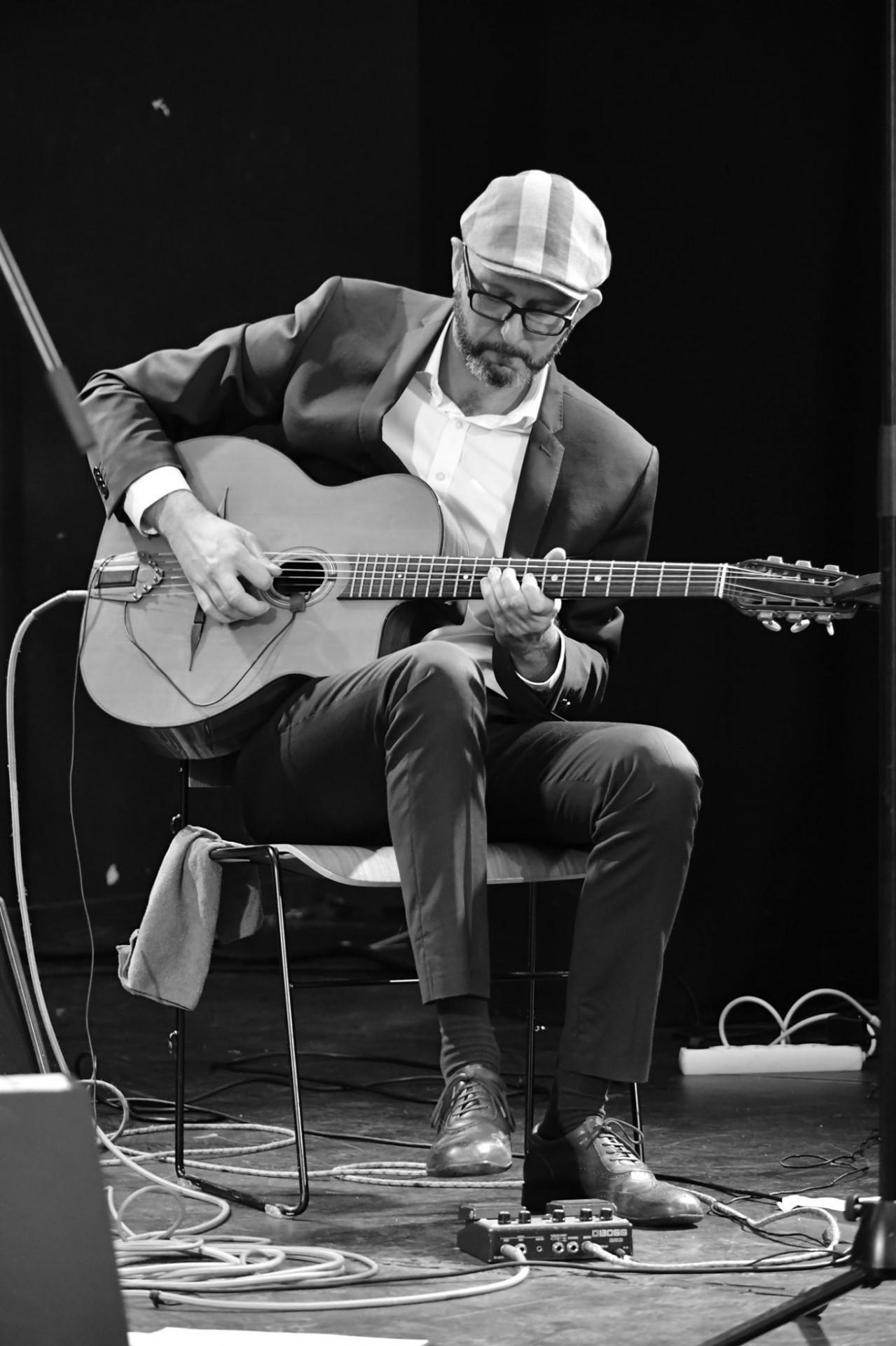 Guitariste Nicolas Bombard
